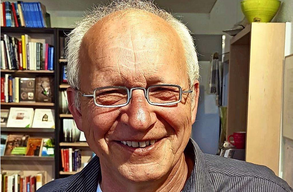 Ulrich Straub, Geschäftsführer des Bunten Bücherladens in Bernhausen Foto: privat/Bunter Bücherladen