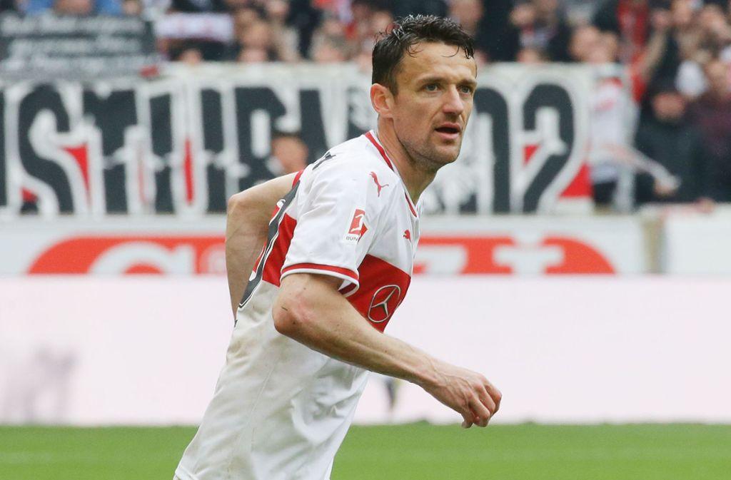 Christian Gentner absolvierte in Gelsenkirchen ein Meilenstein seiner Karriere. Foto: Pressefoto Baumann
