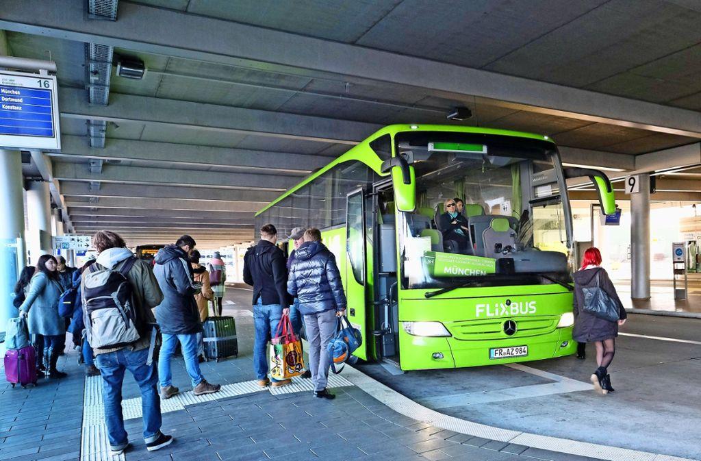 Mit einer Linie hält Flixbus bereits am Vaihinger Bahnhof. Das Fernbusunternehmen will nun mit einer zweiten Linie über Vaihingen fahren. Foto: Lichtgut/Michael Latz