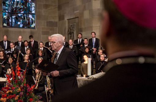 Bischof July kritisiert die Despoten dieser Welt