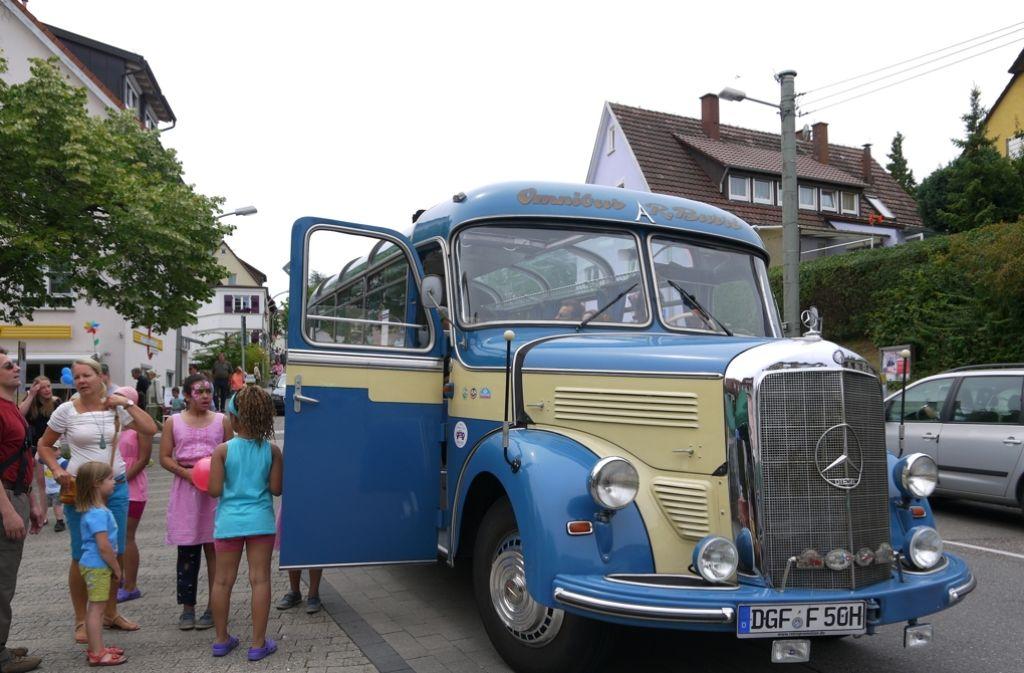 Beim verkaufsoffenen Sonntag pendelt ein Shuttlebus zwischen Birkach und Plieningen. Dafür ist der Zuschuss des Bezirksbeirats allerdings nicht gedacht. Foto: Archiv Ayerle