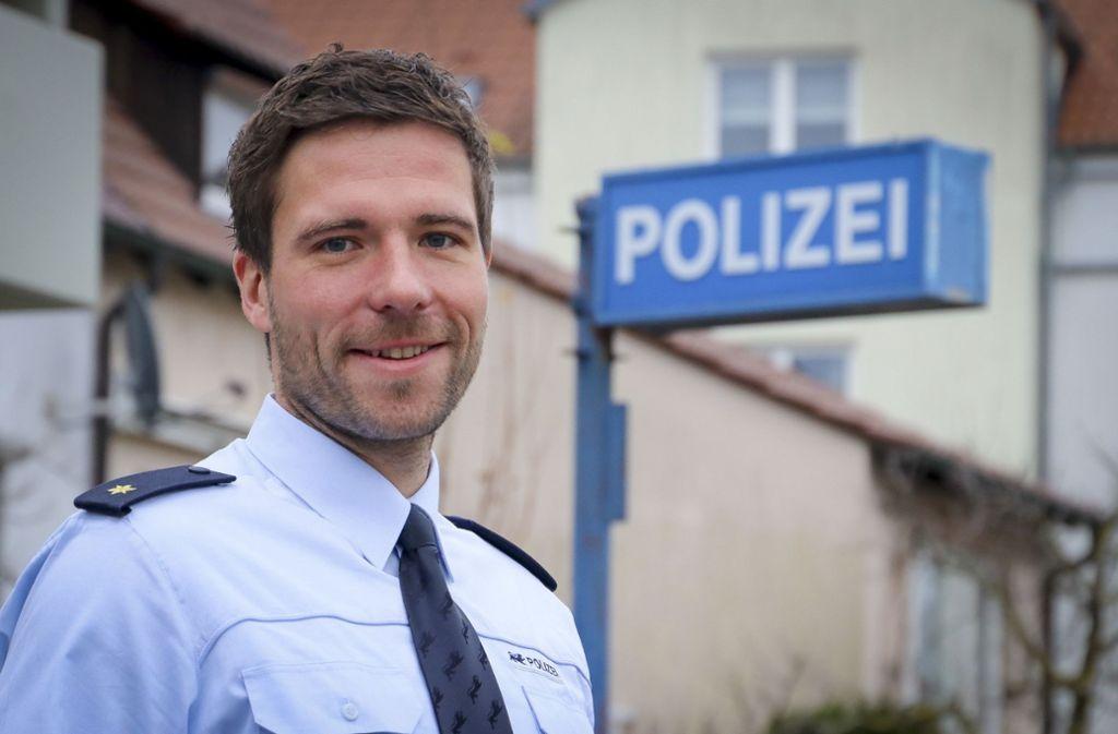 Sven Schüler, der Leiter des Polizeireviers Ditzingen, bescheint den Bürgern von Hemmingen viel Sicherheit. Foto: factum/