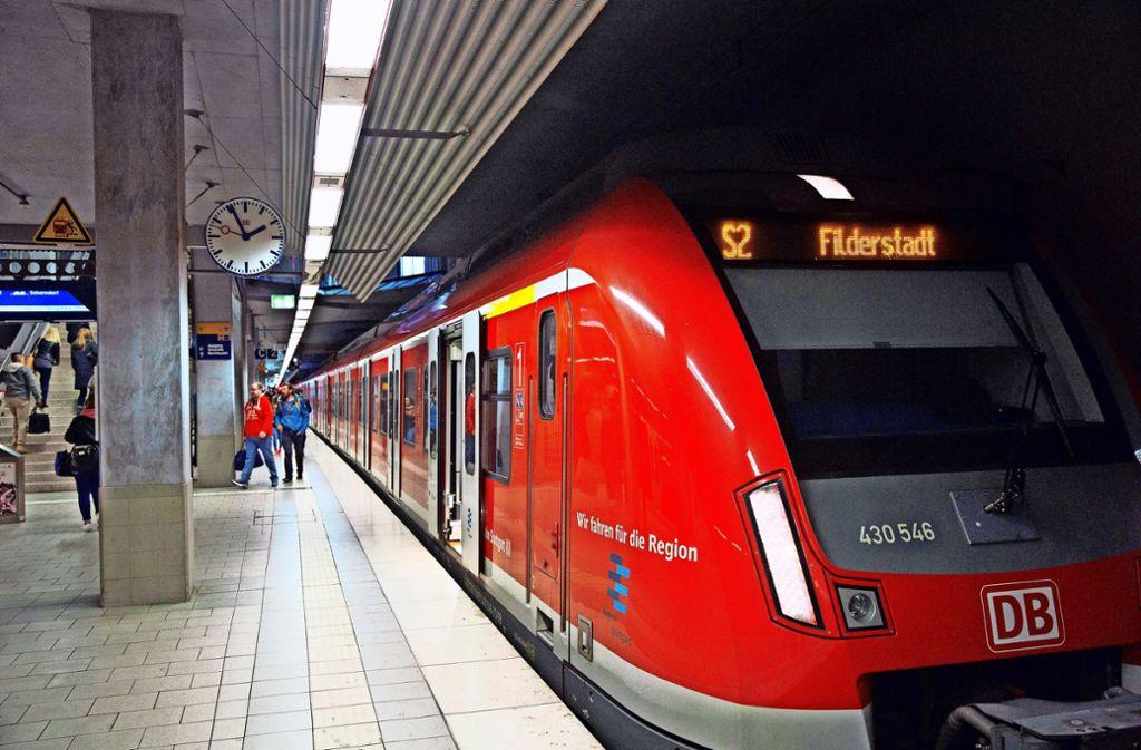 Soll ab 2026 weiter fahren: die S 2, die dann bis Neuhausen verkehrt. Foto: Horst Rudel/Horst Rudel