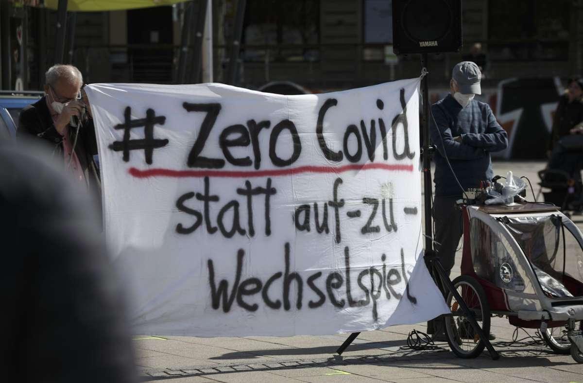 Etwa 80 Menschen demonstrierten auf dem Marienplatz. Foto: Lichtgut/Julian Rettig