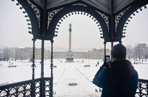 Sogar in der Innenstadt bleibt der Schnee liegen