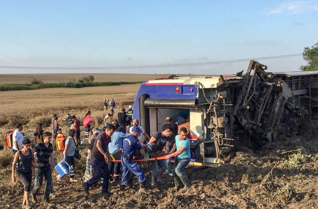 In der Türkei ist es zu einem schweren Zugunglück gekommen. Foto: AFP