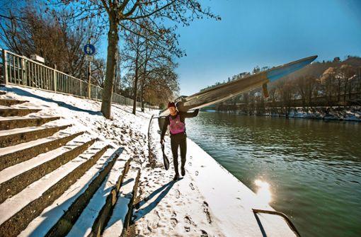 Eispaddeln auf dem Neckar