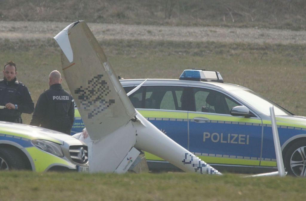 Das Flugzeug wurde bei dem Aufprall zerstört. Foto: SDMG