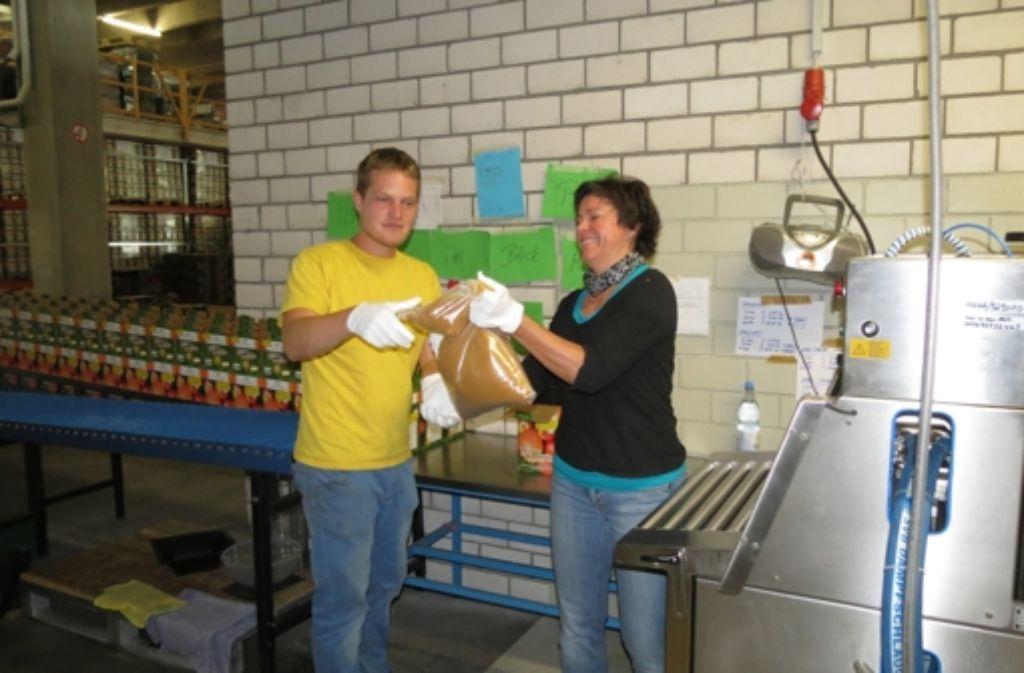 Der Apfel-Mano-Saft wird in Bag-in-Boxes abgefüllt. Foto: Häusser