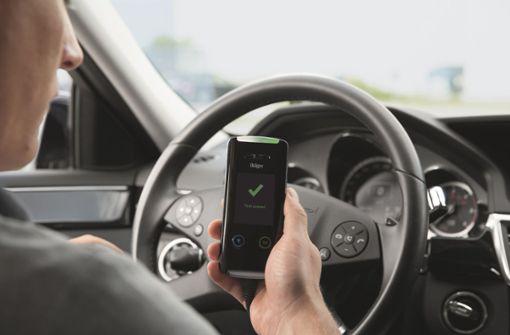 Neufahrzeuge sollen mit einer Alkohol-Wegfahrsperre ausgestattet werden