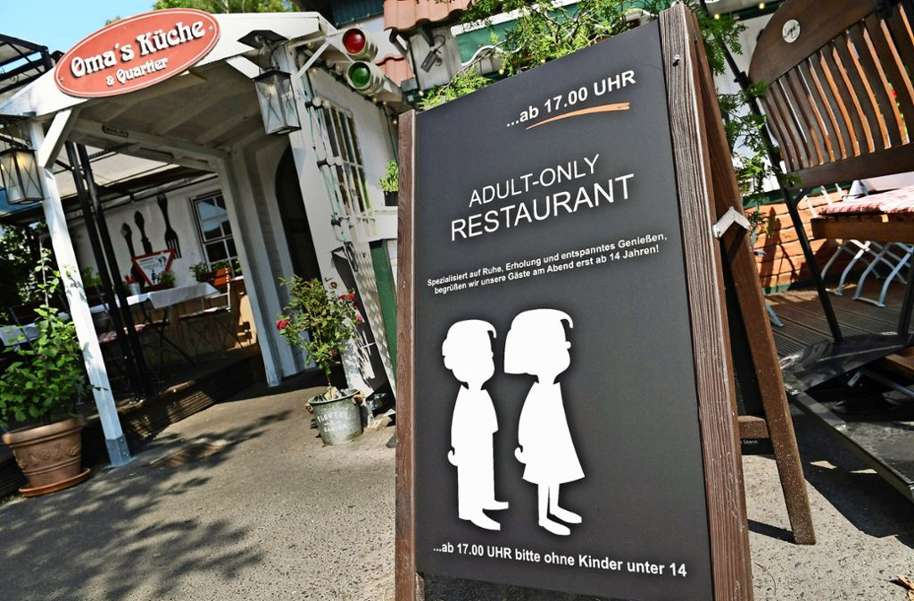 Ein Restaurant auf Rügen lässt abends keine Kinder hinein. Foto: dpa