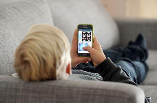 Smartphone-Verbot für Kinder unter 14 gefordert