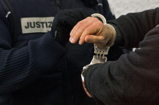 Zeuge im Gerichtssaal festgenommen