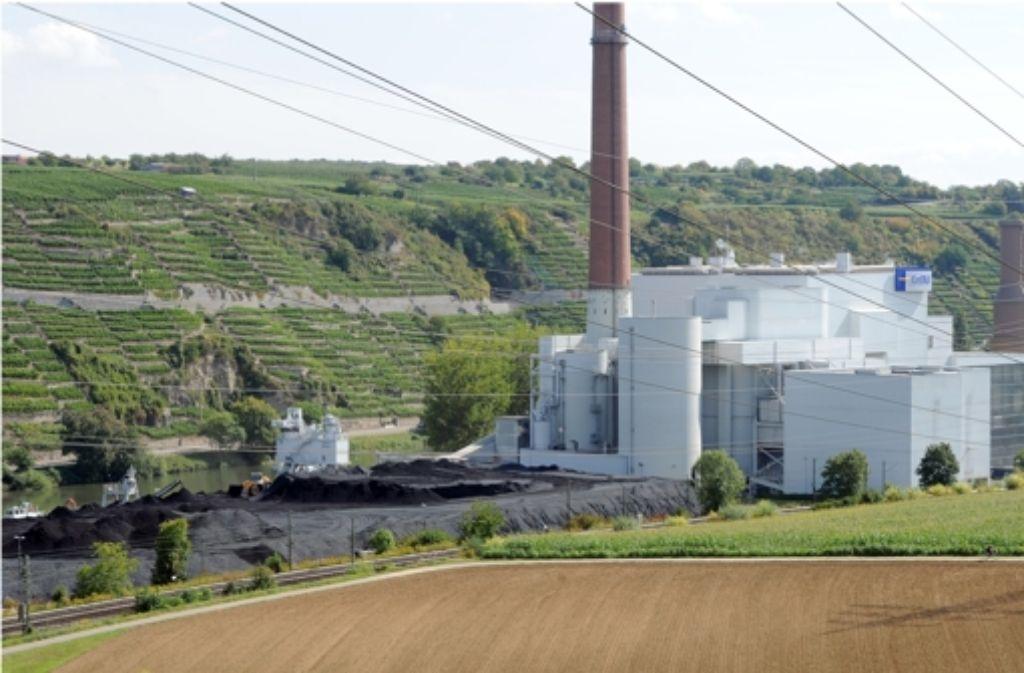 Das EnBW-Kohlekraftwerk in Walheim darf nicht stillgelegt werden. Foto: dpa