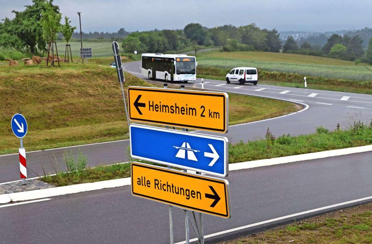 Parallel zur Landesstraße 1179 soll künftig der neue Radweg führen. Foto: Andreas Gorr