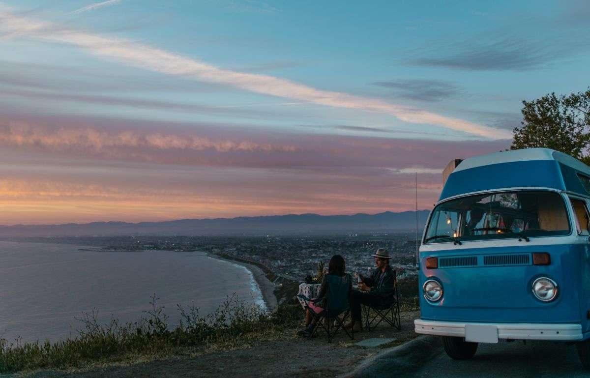 Roadtrip ins Abenteuer: Camper-Urlaub ist recht en vogue. Foto: Rodnae/Pexels
