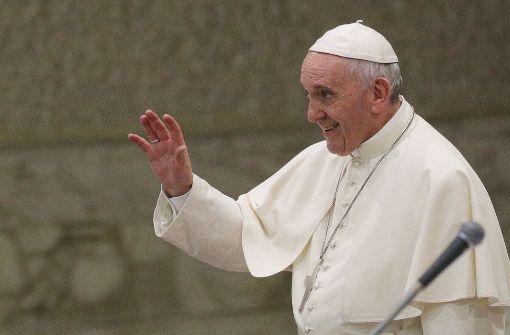 Papst Franziskus fordert legale Einreisemöglichkeiten für Flüchtlinge