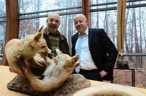 Stephan Nowak und Matthias Hörnisch sind Jäger und setzen sich dafür ein, dass Kinder den Flora und Fauna kennenlernen Foto: Barnerßoi