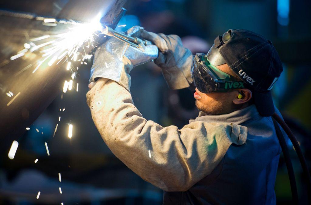 In Deutschland wird das Angebot an Arbeitskräften um rund ein Drittel bis 2060 schrumpfen, prognostiziert die Studie. (Symbolbild) Foto: ZB