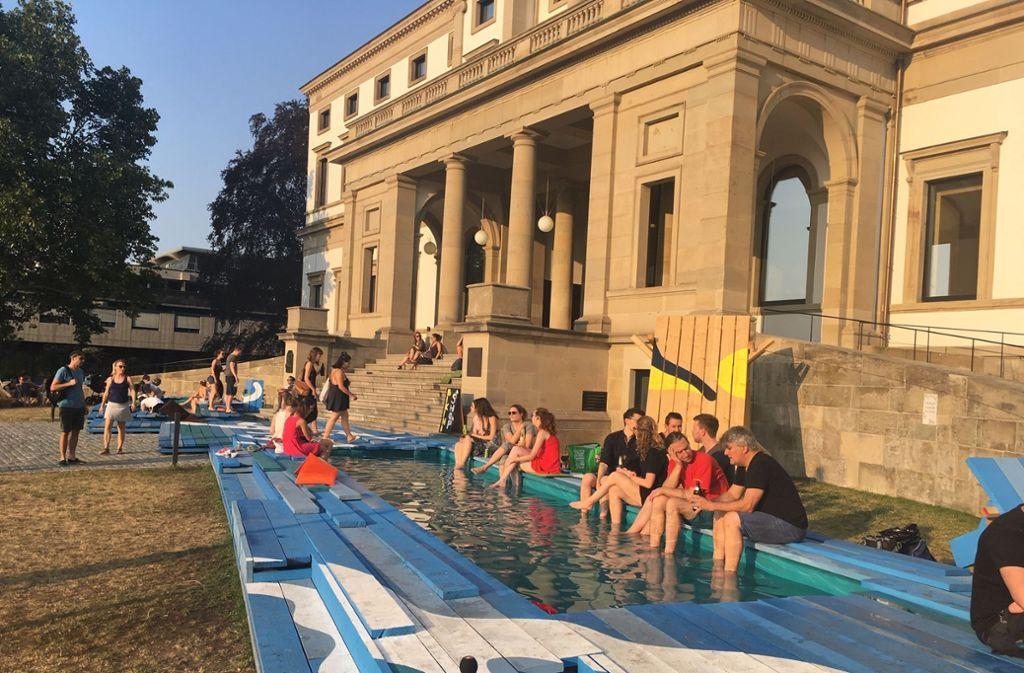 """Das Stadtpalais während des Sommerfestivals """"Stuttgart am Meer"""" 2018. Auch in diesem Jahr wird der Bau wieder vielfältig genutzt. Foto: Nina Ayerle"""