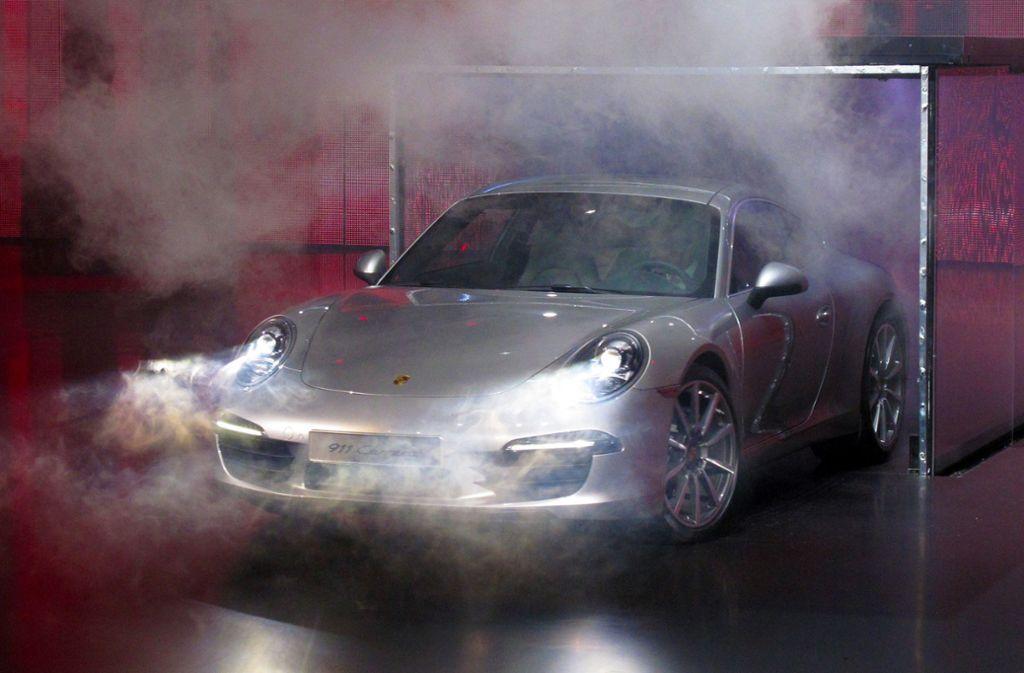 Für viele mehr als nur ein Sportwagen: Autobauer Porsche aus Stuttgart feiert seinen 70. Geburtstag. Foto: dpa-tmn
