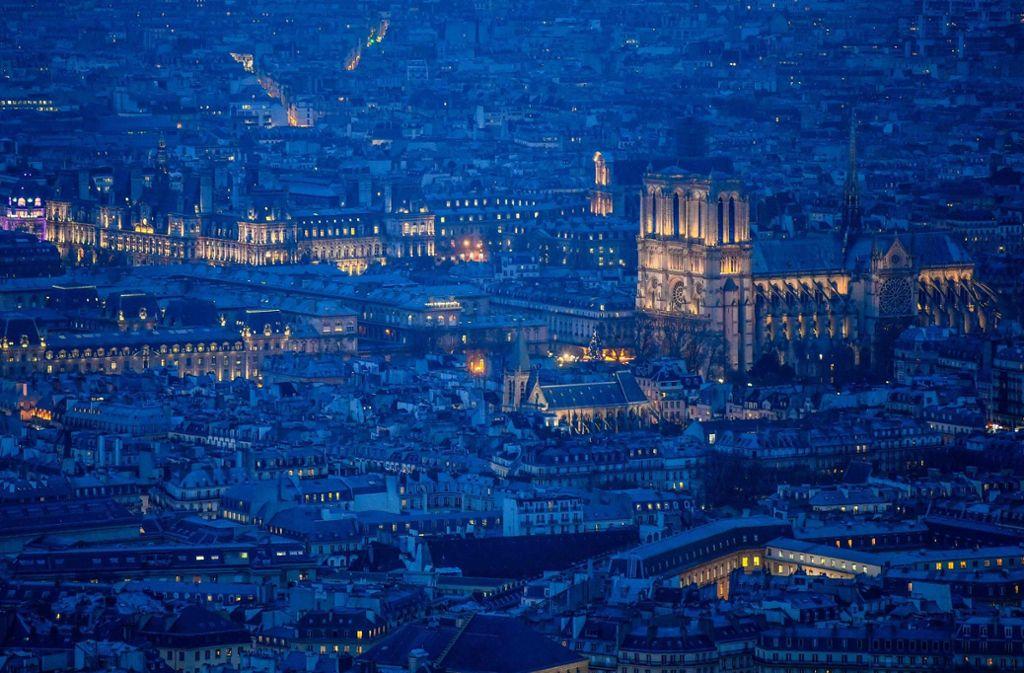 Januar 2018: Blick auf die Kathedrale Notre-Dame de Paris vom Montparnasses aus. Foto: Christophe Simon/AFP