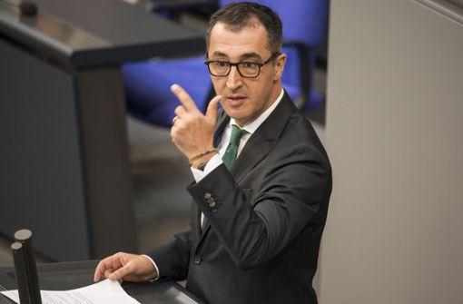 Cem Özdemir kritisiert Spitzel-App