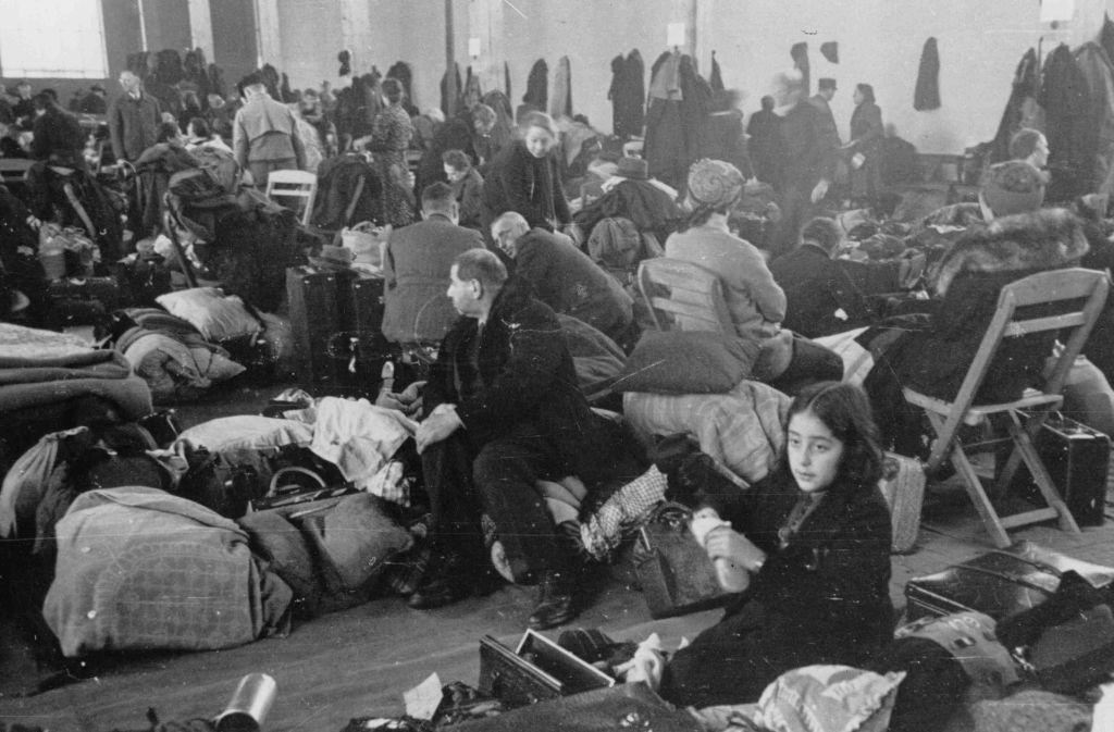 Die Deportation der jüdischen Bevölkerung Stuttgarts am 1. Dezember 1941 im Sammellager auf dem Killesberg Foto: Stadtarchiv Stuttgart
