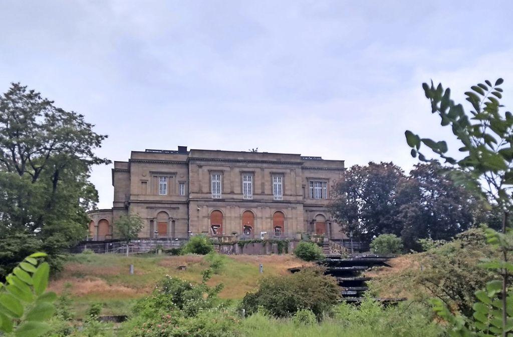 Die Villa kommt immer wilder daher und bietet zugleich einen spannenden Hintergrund für Kulturveranstaltungen. Foto: Thomas Graf-Miedaner