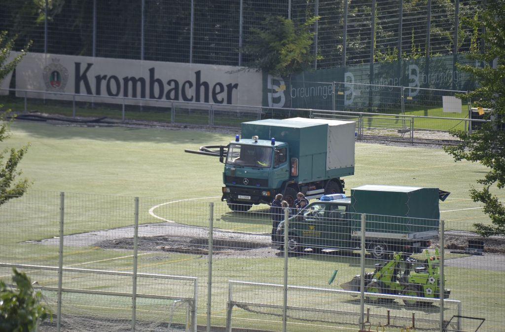 Bei den Umbauarbeiten auf dem Trainingsgelände des VfB Stuttgart wurde eine Fliegerbombe gefunden. Foto: Andreas Rosar Fotoagentur-Stuttg