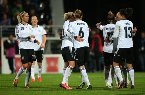 DFB-Frauen besiegen Kroatien mit Mühe 4:0