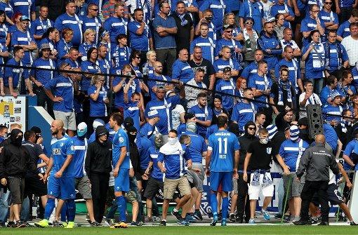 Heftige Fan-Krawalle bei Pokalspiel