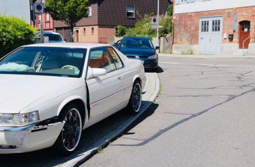 BMW-Fahrer übersieht Cadillac: vier Verletzte