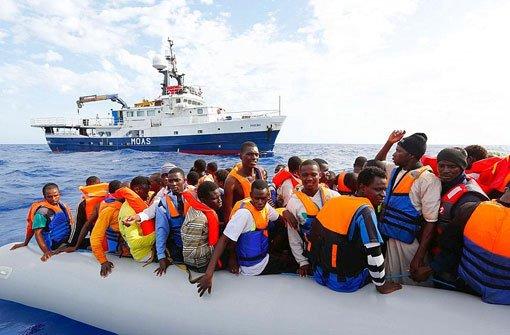 Küstenwache rettet tausende Flüchtlinge