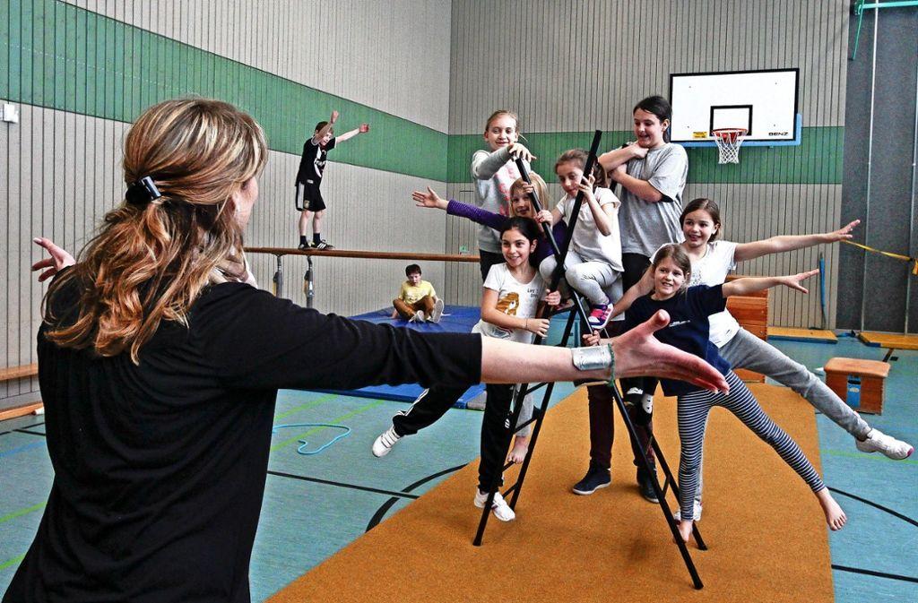 """Der  Kinderzirkus, der alljährlich unter der  Federführung des  Waldhauses in den Osterferien   stattfindet, wird auch von """"Lichtblicke"""" finanziell gefördert. Foto: factum/Archiv"""