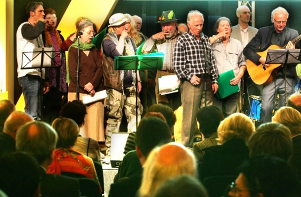 Die Bürgerstiftung (hier eine Preisverleihung aus dem Jahr 2011) ist sozial aktiv. Foto: Achim Zweygarth