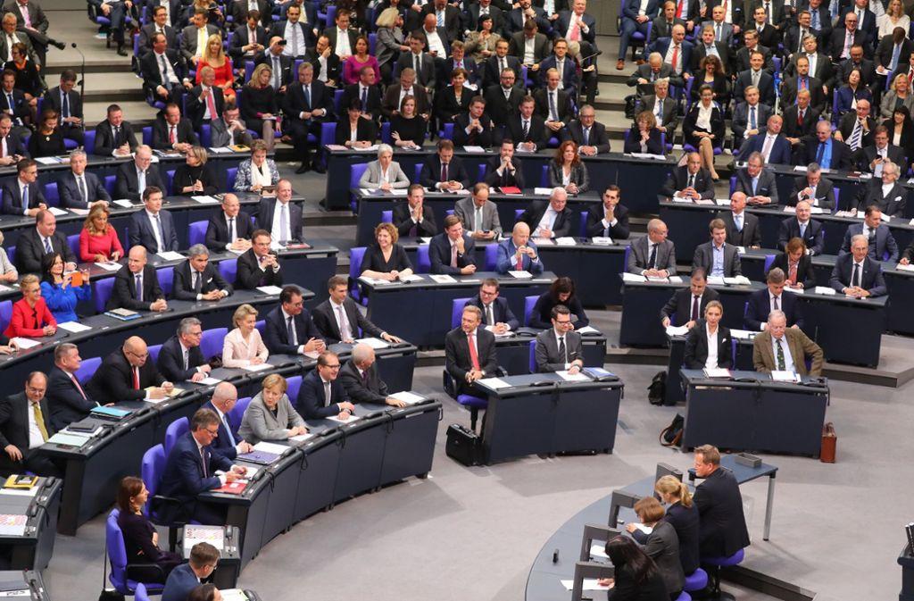 Nicht einmal jeder dritte Abgeordnete im aktuellen Bundestag ist weiblich. Foto: dpa