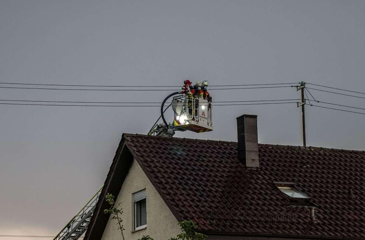 Brand in einem Dachstuhl in Herrenberg-Haslach Foto: SDMG/SDMG / Dettenmeyer