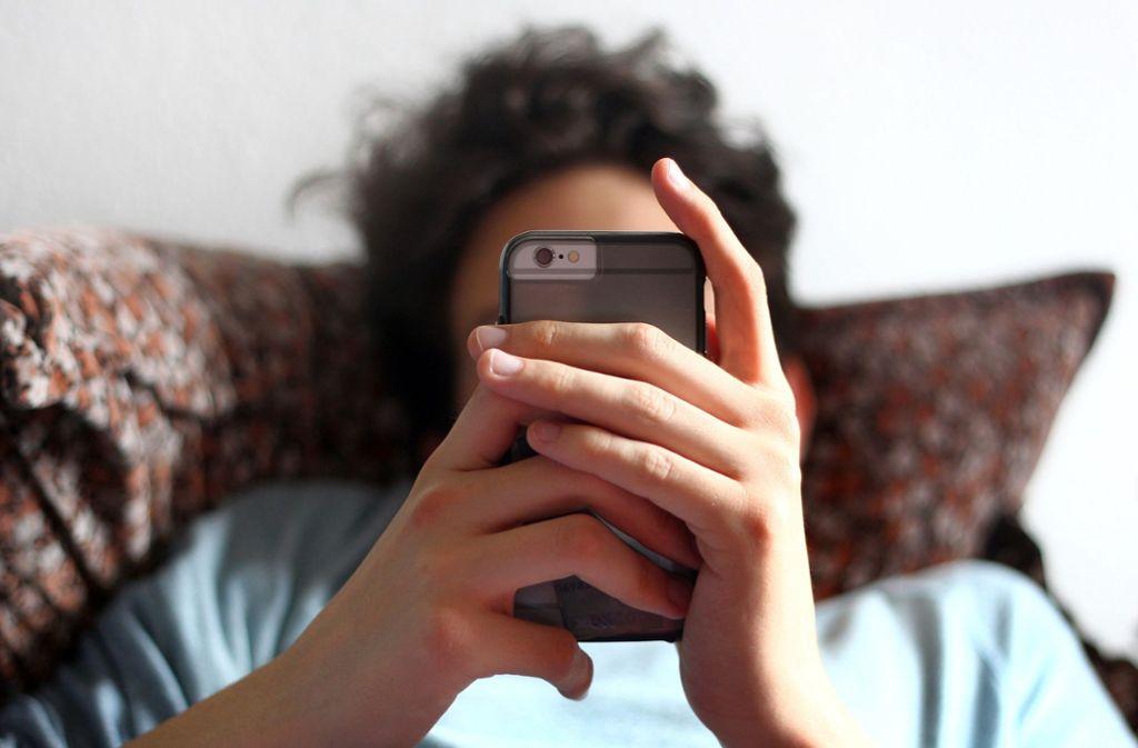 Für Teenager ist die digitale Welt nicht mehr wegzudenken, aber im Umgang mit Computern sind sie gar nicht so fit. Foto: dpa/Karl-Josef Hildenbrand