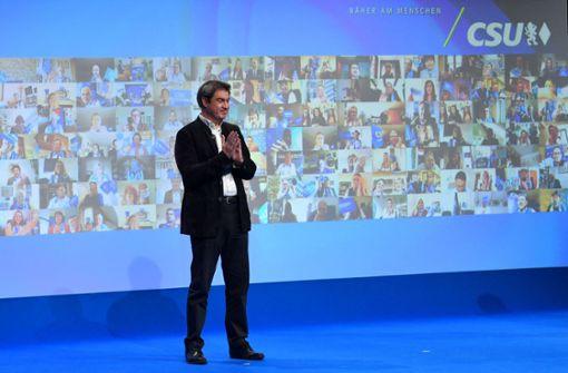 Markus Söder stellt Lockerung von Kontaktregeln in Aussicht