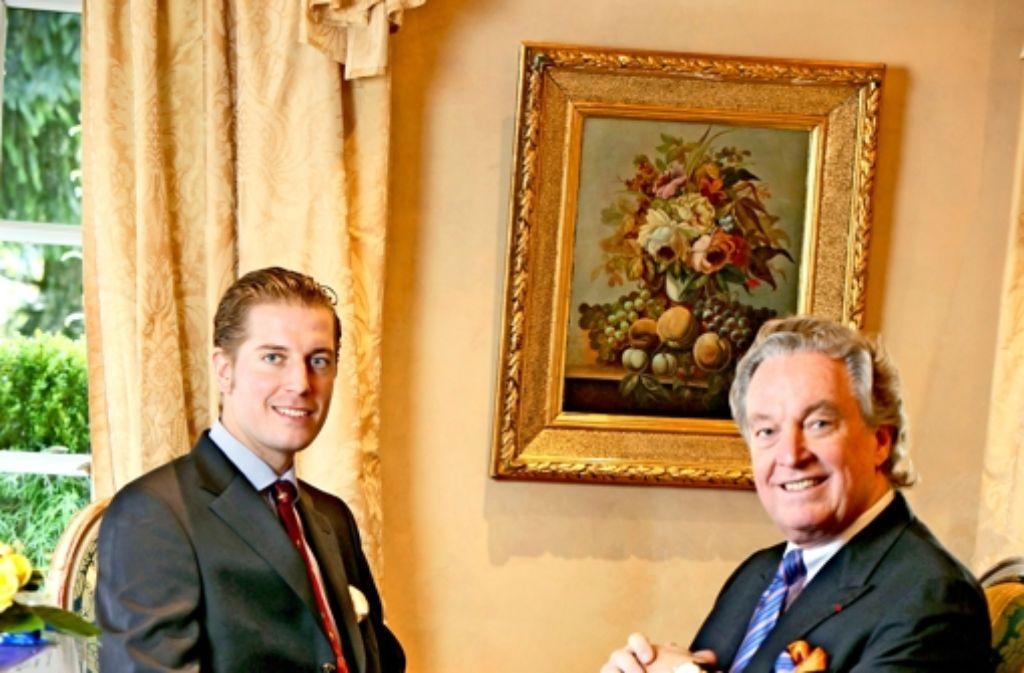 Ihr Verhältnis sei von gegenseitigem Respekt geprägt, sagt Hermann Bareiss, der am 27. März seinen 70. Geburtstag  feiert. Die Geschäftsführung des gleichnamigen Luxushotels in Baiersbronn hat  2009 sein Sohn Hannes übernommen. Foto: Standl