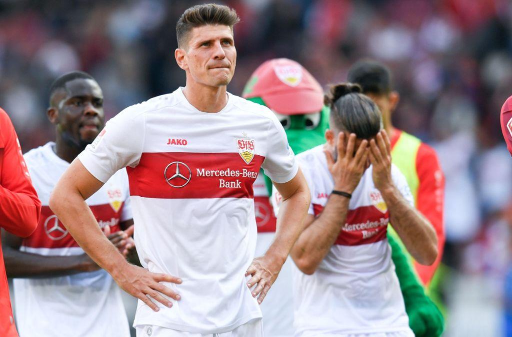 Mario Gomez und der VfB Stuttgart haben gegen Holstein Kiel verloren. Foto: dpa/Tom Weller