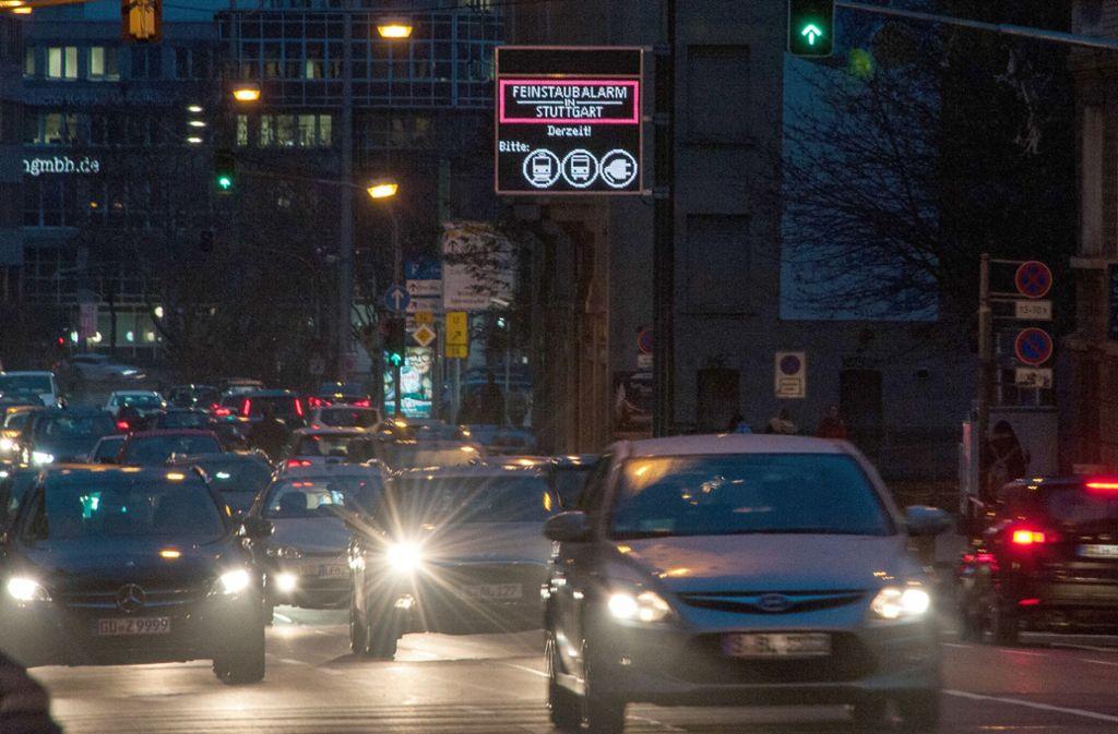 In Stuttgart herrscht bald wieder Feinstaubalarm. Foto: dpa