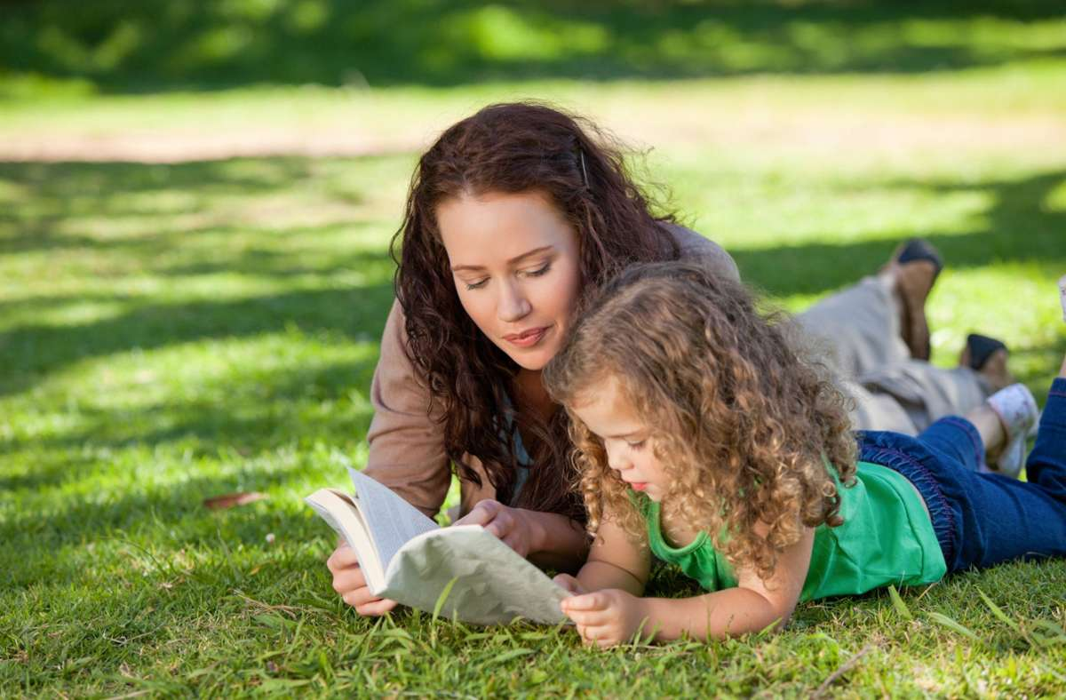 Wie vermittelt man die Freude am Lesen? Foto: imago images/YAY Images
