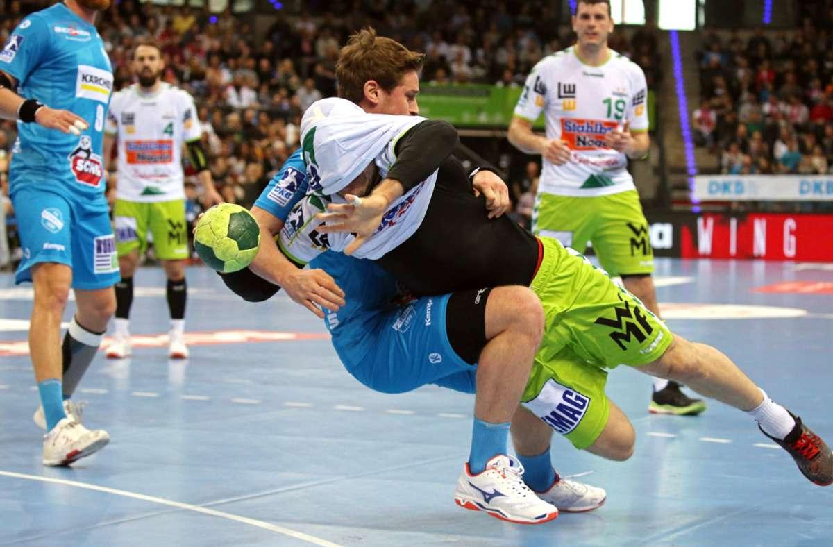 Die Handballer müssen sich bis zum Jahresende auf Spiele mit maximal 500 Zuschauern einstellen. Foto: Baumann