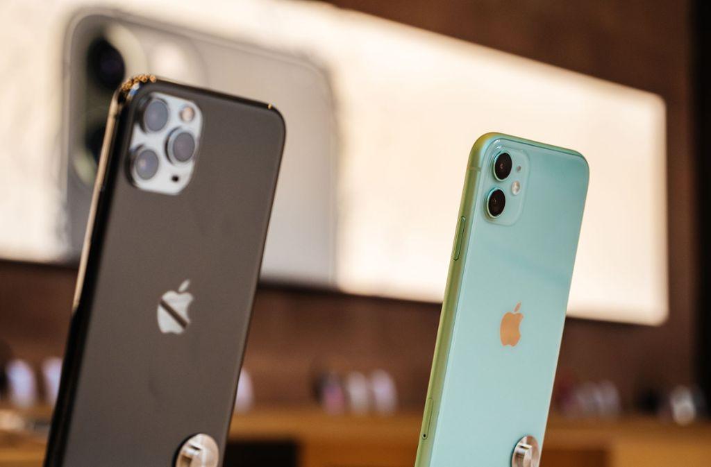 In Bad Cannstatt ließen Diebe fünf Smartphones aus einem Geschäft mitgehen. (Symbolbild) Foto: Shutterstock/Hadrian