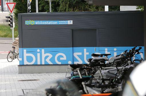 Ein Aspekt der nachhaltigen Mobilität: E-Bike-Station in Fellbach Foto: Patricia Sigerist