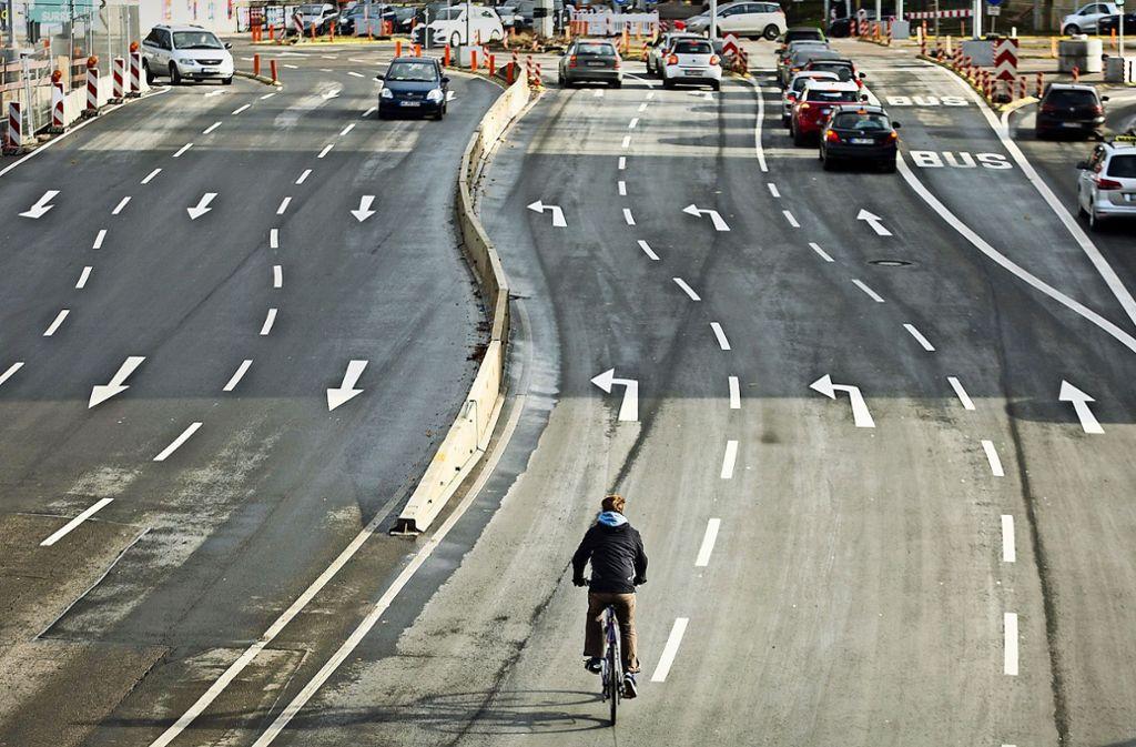 Radfahren wird immer beliebter, immer mehr pendeln täglich mit dem Rad zur Arbeit. Viele Bürger haben deshalb den Radentscheid unterstützt. Foto: dpa