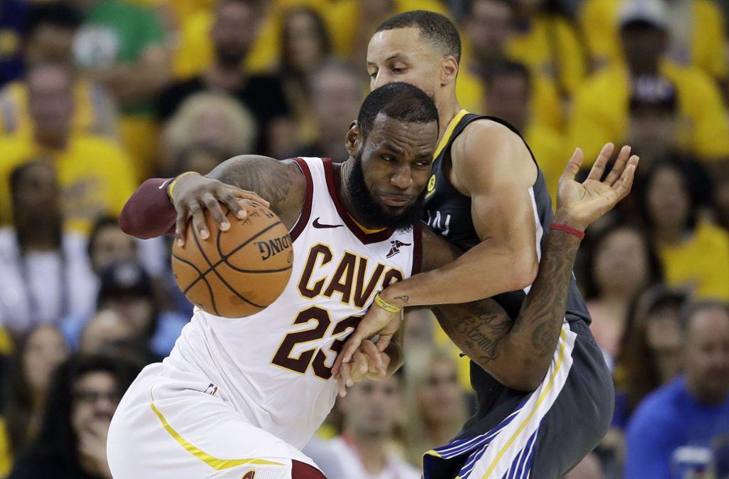 LeBron James stand zuletzt achtmal nacheinander mit seinen Teams im NBA-Meisterschaftsfinale. Foto: AP