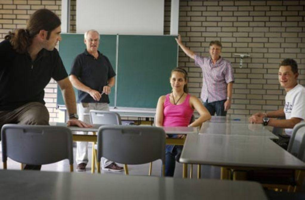 Elternbeirat, Rektor, Klassensprecher und Lehrer ziehen ein positives Resumee nach fünf Jahren Hauptschule. Foto: Stoppel